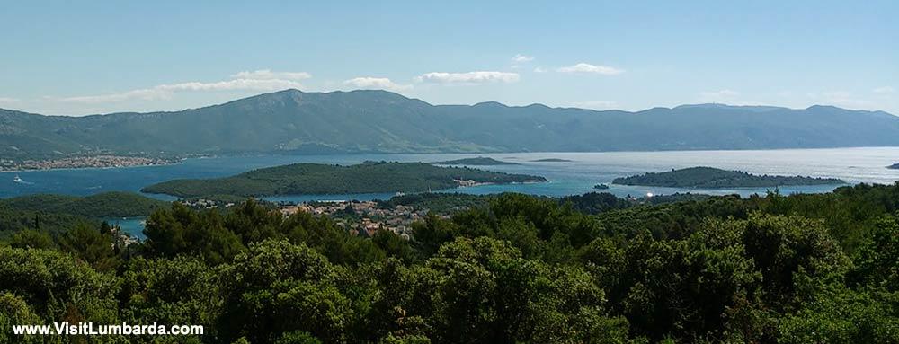 Hiking nr Lumbarda views